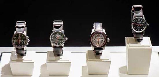 万宝龙限量林丹特别款腕表系列
