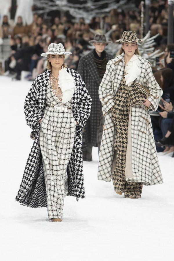 Chanel 2019/20秋冬高级成衣系列-斜纹软呢