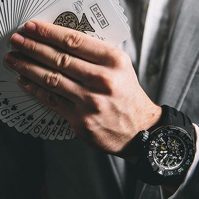 夏日戴表不怕出汗 5款橡胶表带腕表推荐