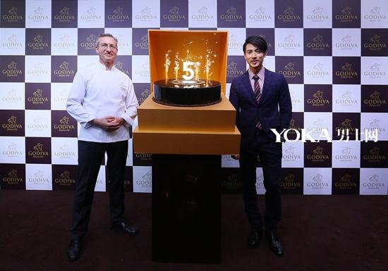GODIVA歌帝梵巧克力上海新天地旗舰店开幕