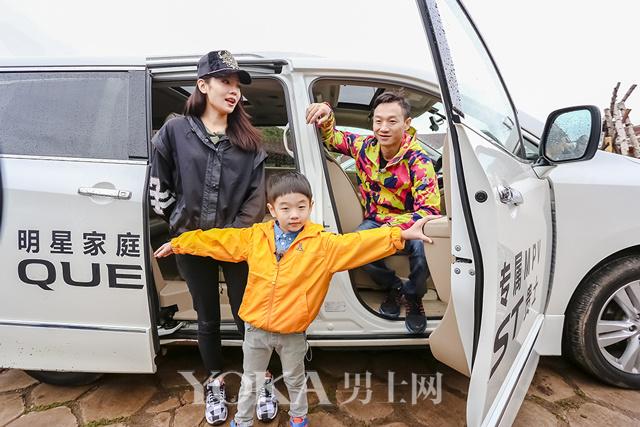 杨威正式加入星贵家族 成为东风日产贵士车主
