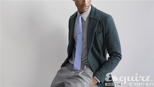 男人的胸器 看衬衫和领带相爱相杀