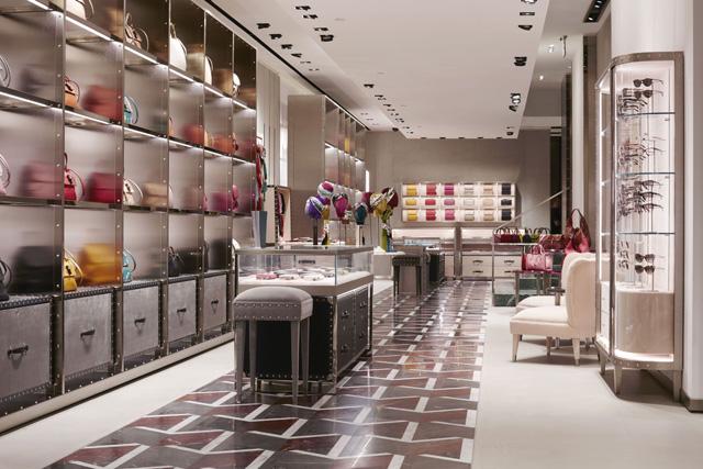 古驰米兰旗舰店呈现全新店铺设计理念