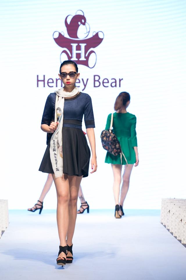 Henney Bear 2016新品亮相CHIC