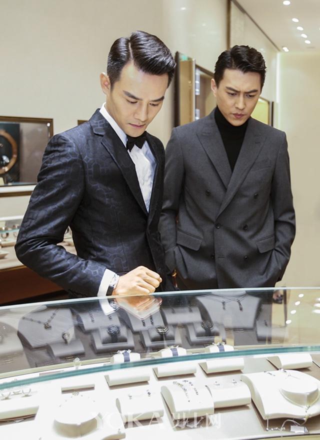 王凯靳东戴表品味大不同:奢华范儿和技术范儿