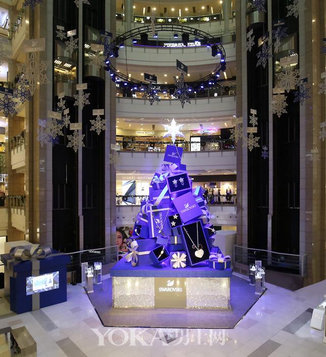 施华洛世奇「璀璨圣诞树」华美亮相