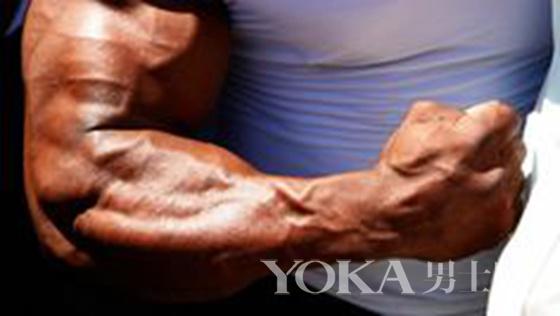 要什么大块肌肉 青筋暴起才够猛