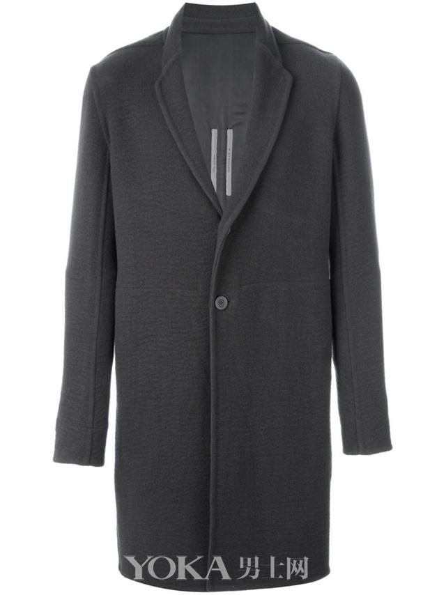 RICK OWENS 单排扣大衣,$6,257.00。