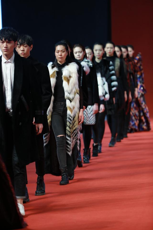 2017/18中国人造皮草流行趋势发布会上海举行