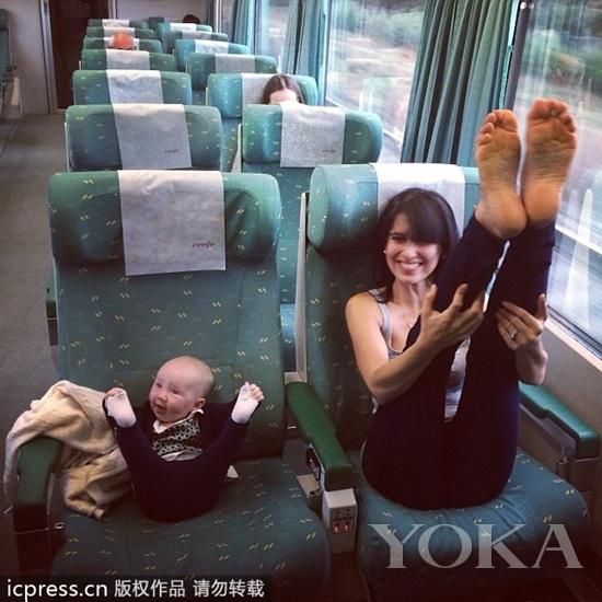瑜伽从娃娃抓起