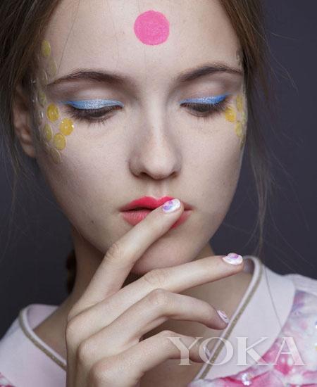 【爱美】皮肤白嫩最吃香 有元气的肌底才抢镜