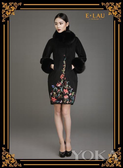 刘亚桐的中式丽装