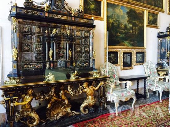 Borromeo家族的Castle内部,内部呈现的巴洛克风格异常优美