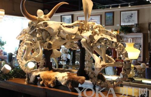 无所不艺术 用动物骨骼制作摩托车