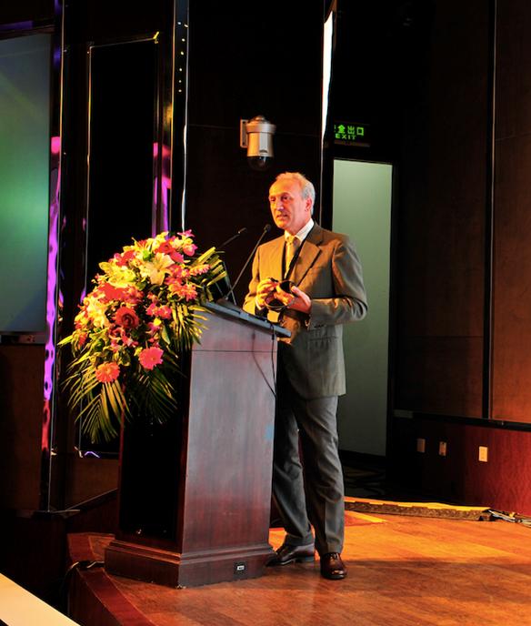 CT CONTATEMPO SCUDERIA 腕表公司 首席执行官 Mr.Enrico Margaritelli先生现场演讲