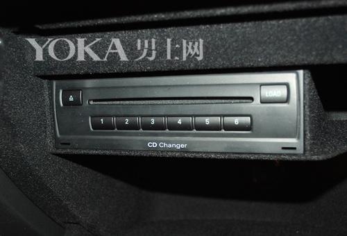 多碟CD系统