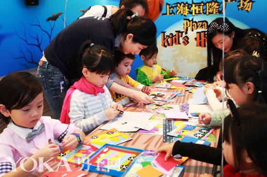 3D立体手工贴画制作-上海恒隆广场 童乐万圣节 开启奇幻神秘世界