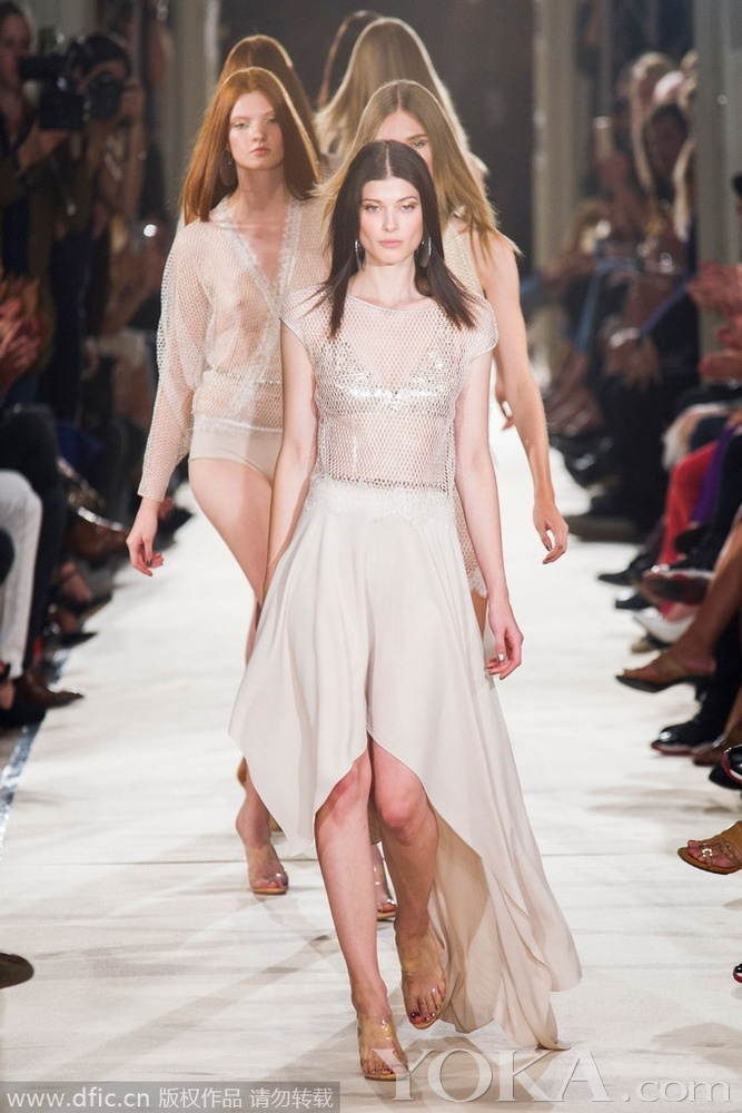 2015春夏巴黎时装周:alexis