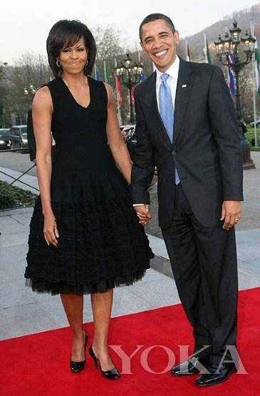 米歇尔-奥巴马黑色纱裙