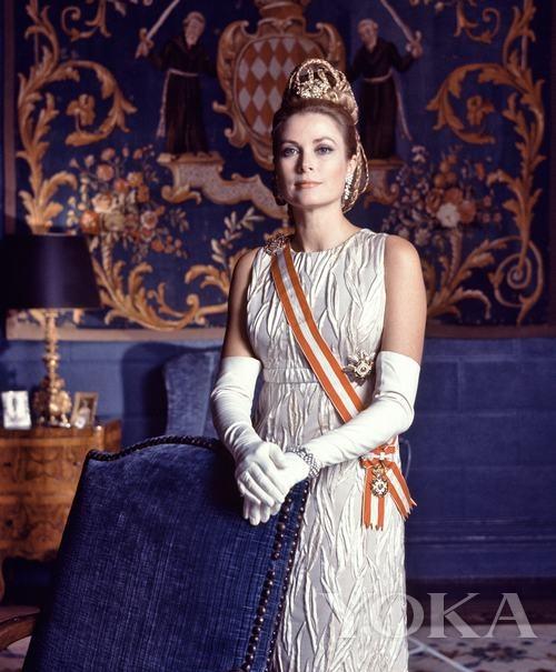 摩纳哥王妃官方照片
