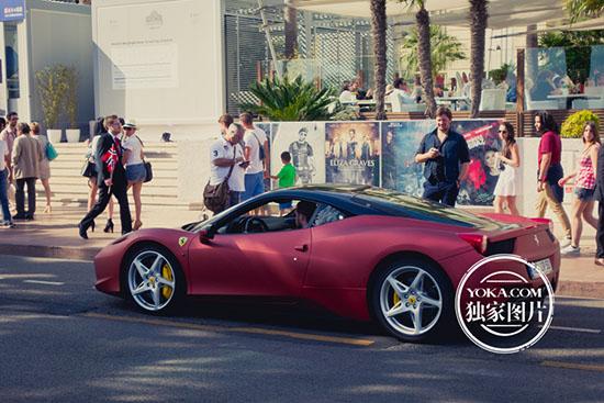 法拉利跑车高清图片
