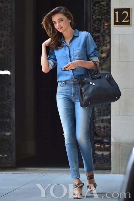 米兰达可儿15种牛仔衬衫穿法图片