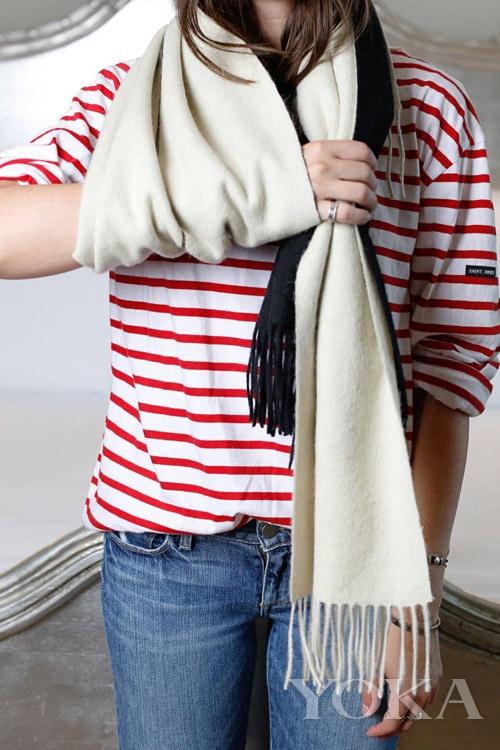 双色围巾系法