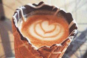 能食用的咖啡杯在网络掀热潮