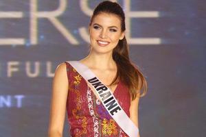 菲律宾举办环球小姐时装秀