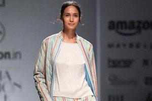 印度时装周展示秋冬新品