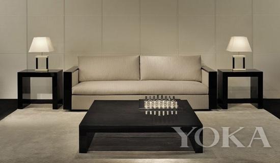 阿玛尼家具木雕真皮沙发