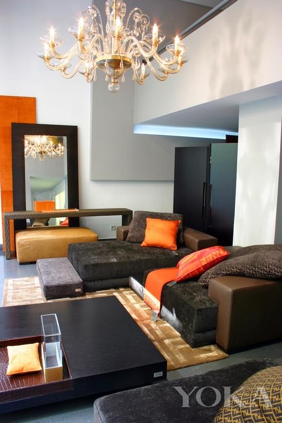 美利达公爵600沙发无法走秀 那些没有登上T台的奢侈品家居-玩意儿