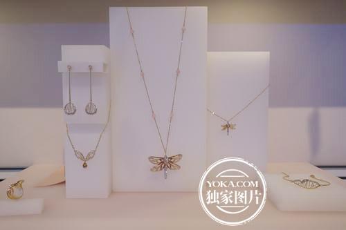 施华洛世奇2015春夏系列人造水晶