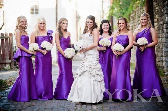 To be a bridesmaid:你不��比新娘子��o��吧?