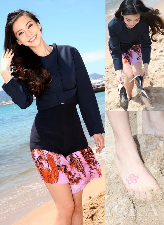 脚上的樱花纹身