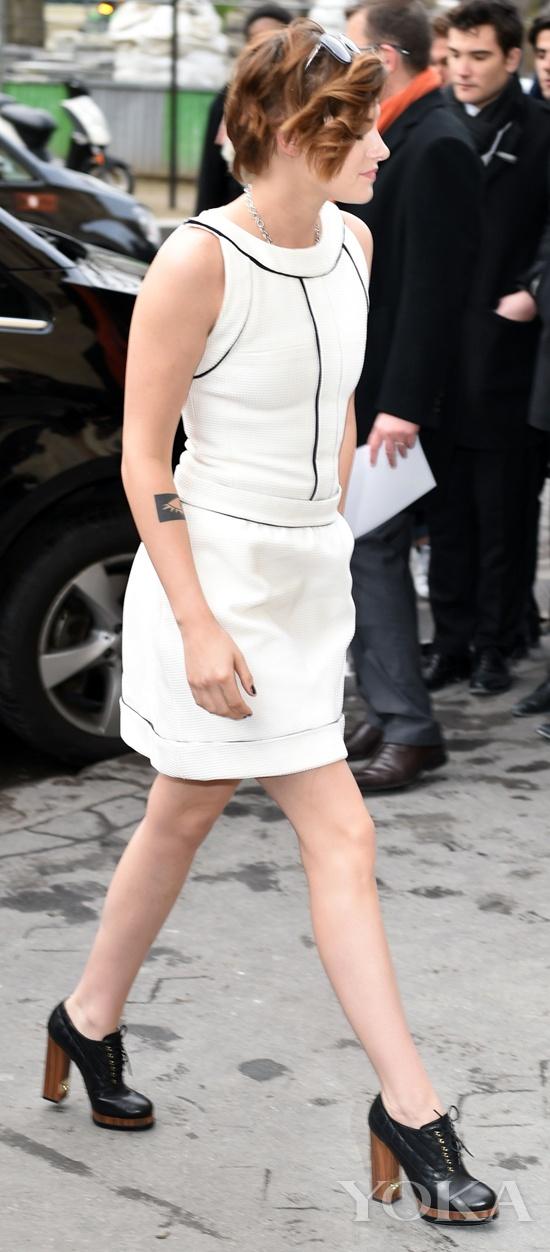 Kristen Stewart亮相高定秀场