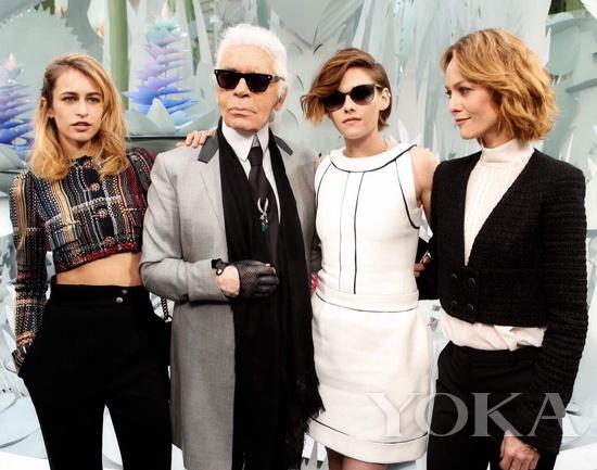 这次Chanel高定同时£¬老佛爷征集了三位风格女性再次为Chanel代言¡£