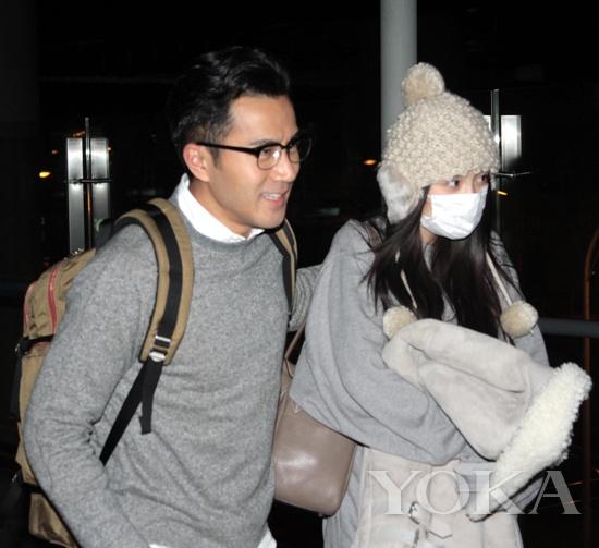 2014年1月,此时杨幂已怀有3个月身孕。