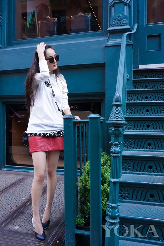 2013年9月,杨幂2014春夏纽约周街拍。