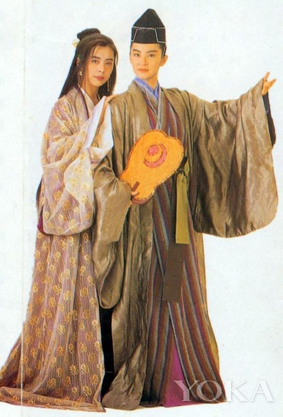 林青霞的东方不败造型兼容日本民族服装
